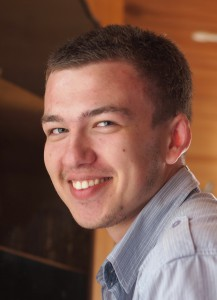 Артём Петров представляет польский язык на IX фестивале языков